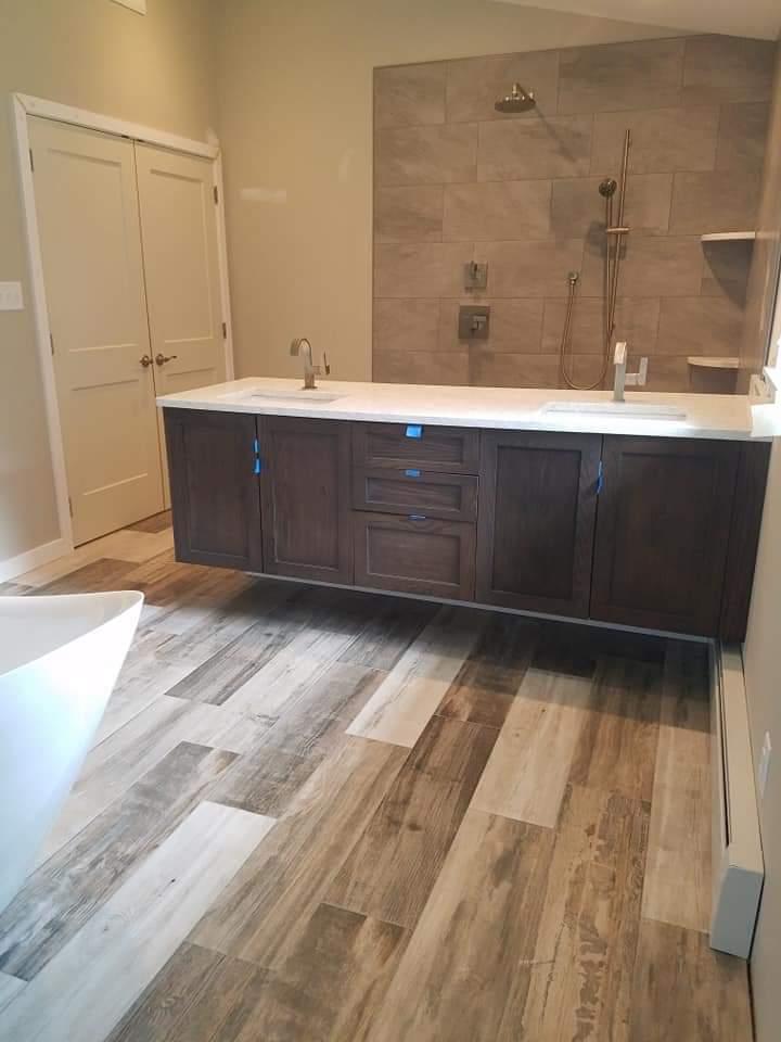 Bathroom plank floor